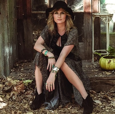Jennifer Nettles Live At The Garden 104 9 The Fox Jonesboro Ar